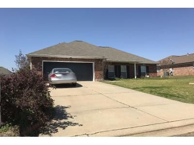 3 Bed Preforeclosure Property in Pearl, MS 39208 - Beechwood Cir