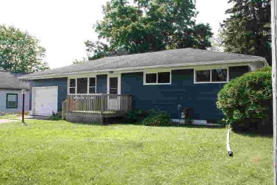 1005 Howe CT Sparta, Newly remodeled! This charming ranch