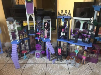 Monster high school with dolls