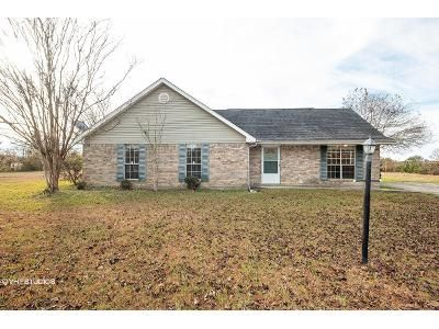 3 Bed 2 Bath Foreclosure Property in Picayune, MS 39466 - Beaverwood Rd