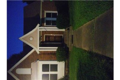 pretty 1 bedroom duplex near downtown Houston