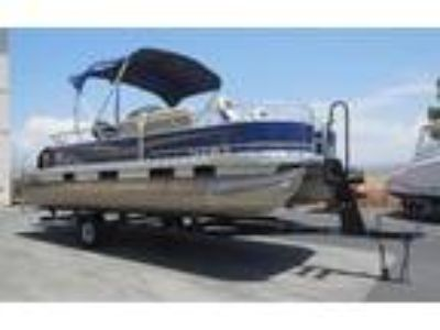 2013 Sun Tracker Fishing Barge 20 DLX