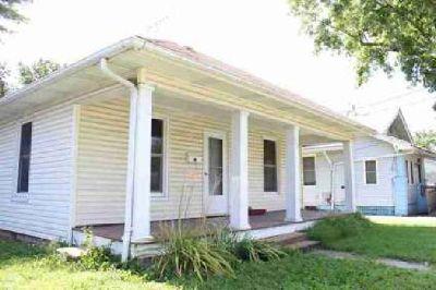 623 N 14th Street Murphysboro Three BR, Great starter home