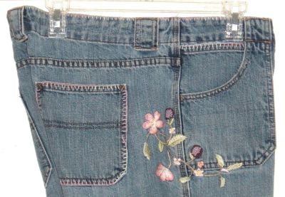 Gap Low Rise Boot Cut Floral Embridered Denim Jeans Womens 16R 16 x 31 Regular