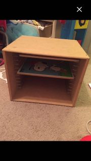 Wood small shelve for puzzles. $10