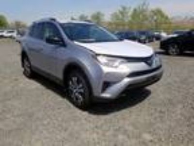Salvage 2018 TOYOTA RAV4 LE for Sale