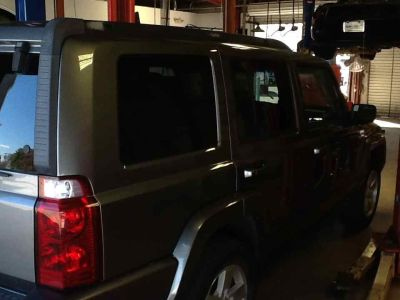 2007 Jeep Commander Sport ()