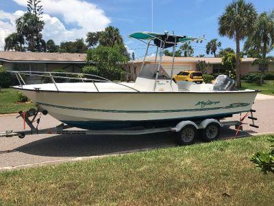 Boat (2001 Center Console Key Largo Off Shore). E