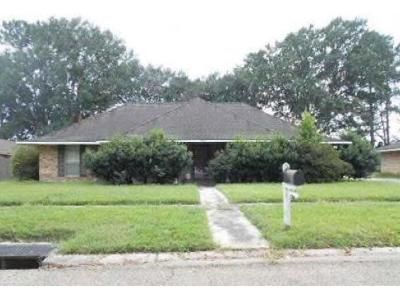 3 Bed 2.5 Bath Foreclosure Property in Baton Rouge, LA 70814 - Everglades Ave