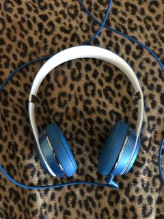 Beats By Dre Solo 3; Not Wireless