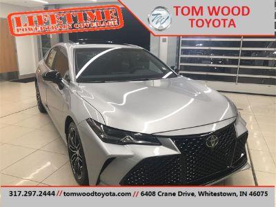 2019 Toyota Avalon (Celestial Silver Metallic)