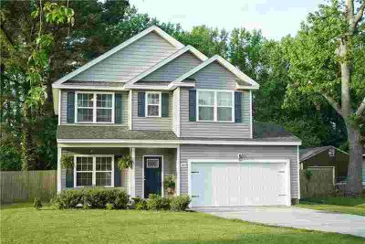 2837 Flag RD CHESAPEAKE Four BR, WELCOME HOME! This 3 year old