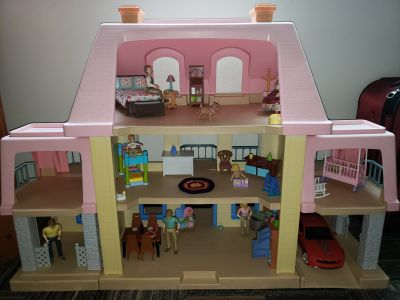 Little Tikes Vintage Grand Mansion Dollhouse