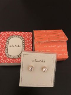Stella and Dot Gold Sparks Studs - Brand New