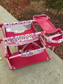 Babydoll changing table