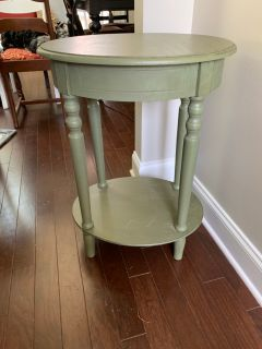 Sage green table. Standard End table height. Changing color scheme.
