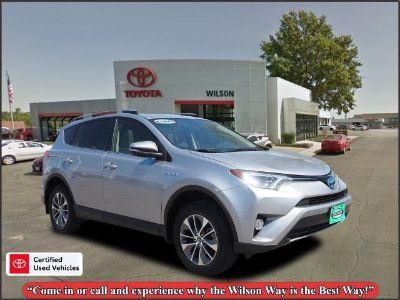 2018 Toyota RAV4 XLE (Silver)