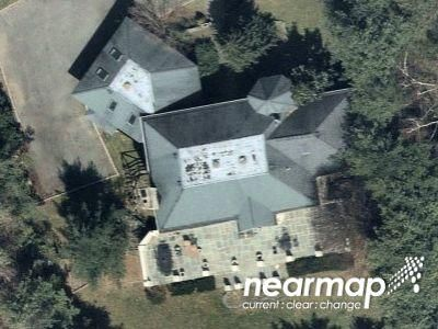 3 Bath Preforeclosure Property in Glen Cove, NY 11542 - New Woods Rd