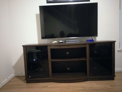 55 in Samsung TV 8 Series with entertainment center