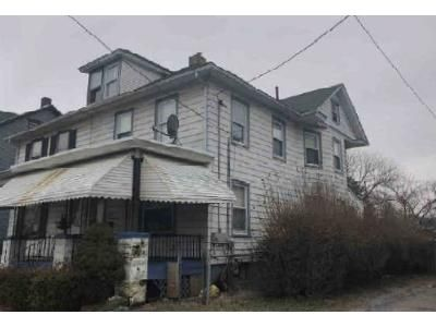 3 Bed 2 Bath Foreclosure Property in Phillipsburg, NJ 08865 - Summit Ave