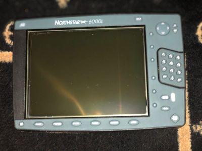 6000i & 6100i Northstar Chartplotter & Radar Unit