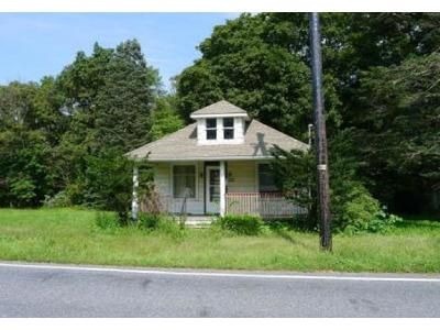 2 Bed 1 Bath Foreclosure Property in Lehighton, PA 18235 - Mill Rd