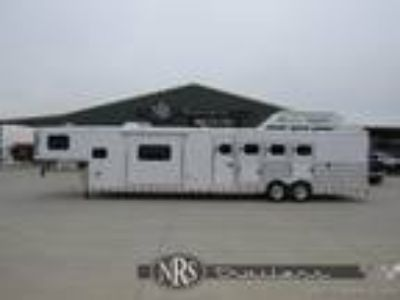 4 Horse Side Load 15 Living Quarters Trailer with Slide OutTwister
