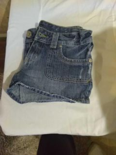 Guess Jean Shorts. Size 28