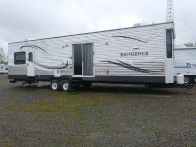 2012 Keystone Residence travel trailer