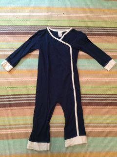 Organic Kids 2T Pjs. Excellent condition. $4. Buttons on side. Navy/cream
