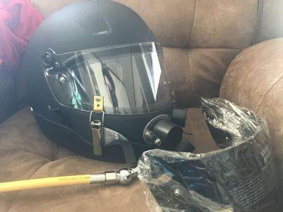 Drag boat capsule helmet