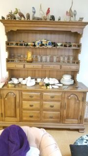 Hutch and Buffet Set