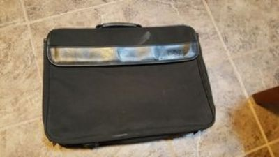 Dell carry/ laptop bag