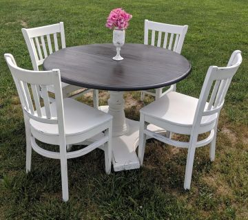 DARK STAINED TOP PEDESTAL DINING TABLE (CHAIRS SOLD SEPARATELY)