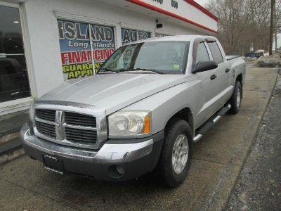 2005 Dodge Dakota SLT (Silver)