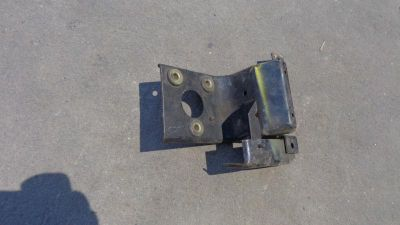Buy Early Bronco 1966-1977 factory WINDSHIELD MOTOR BRACKET holder mount wipers 4x4 motorcycle in Phoenix, Arizona, US, for US $8.00
