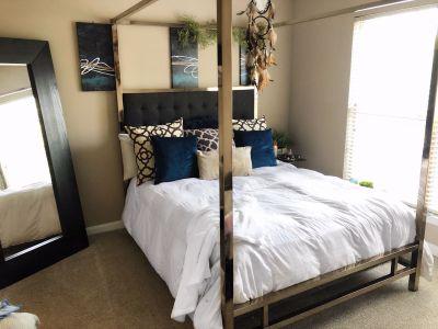 Canopy Queen Bed