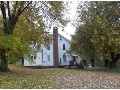 3 Bed 1.0 Bath Preforeclosure Property in Salem, OH 44460 - Benton Rd