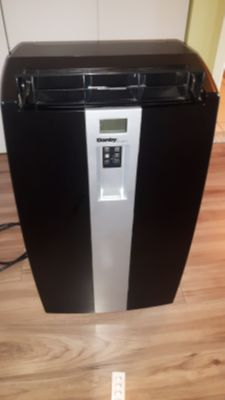 DANBY AIR CONDITIONER 10 000 BTU ALSO DEHUMIFIER AND TIMER AND REMOTE