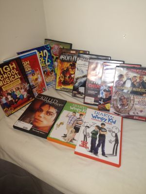 Adult & kids DVD movie lot of 12