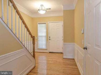 47 Arell CT Alexandria Three BR, Fastastic updated townhome in