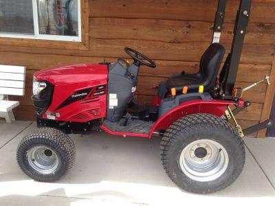 2018 Mahindra emax EXS224FHT Tractors Lawn & Garden Elkhorn, WI