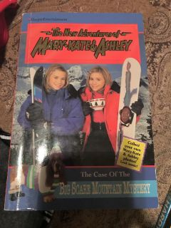 Mary Kate and Ashley: Case of the Big Scare Mountain Mystery