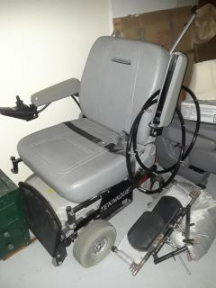 Double motor scooter