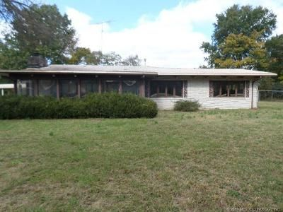 3 Bed 3 Bath Foreclosure Property in Fairland, OK 74343 - East Highway 60