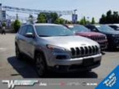 $22880.00 2017 JEEP Cherokee with 10588 miles!