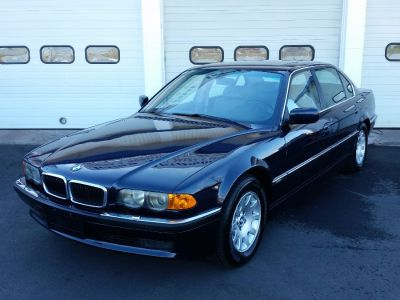 2001 BMW 7-Series 740iL (Orient Blue Metallic)