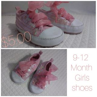 9-12 mo girl's shoes