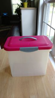 File / storage container