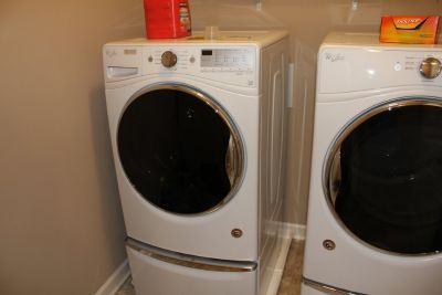 Whirlpool Washer Dryer Set, Front Load, With Pedestals